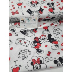 TELA DISNEY MINNIE Y MICKEY LOVE 12€ metro